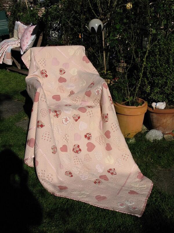 Rosequilts Decke Patchworkstoff