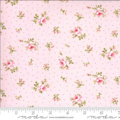 patchworkstoff mit kleinen Streublümchen von Moda